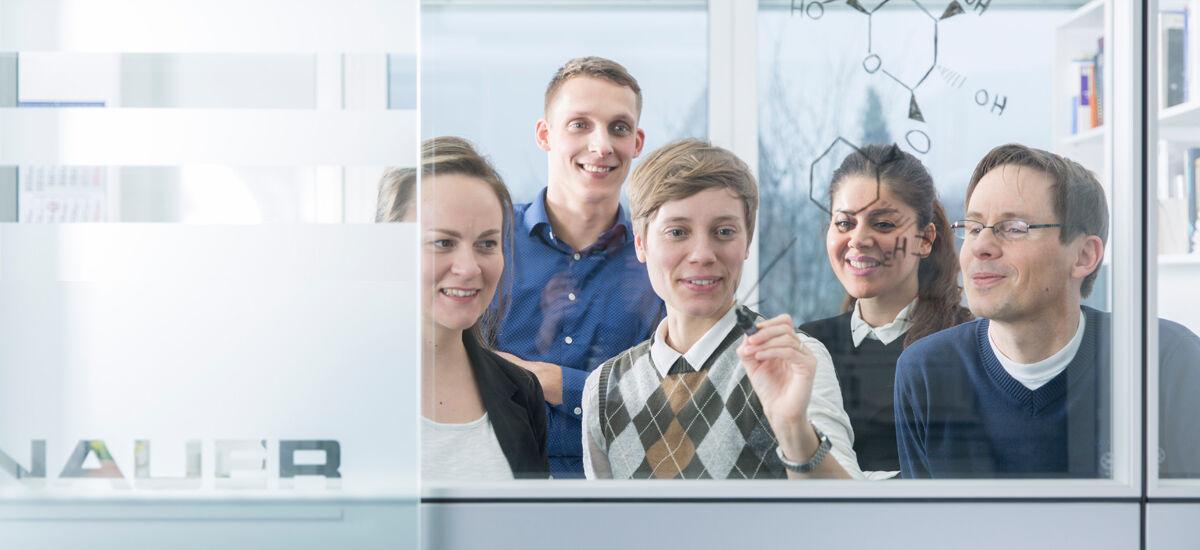 Chemiker / Biotechnologe / Verfahrenstechniker als Business Development Manager (m/w/d) - Job - Jobs at KNAUER
