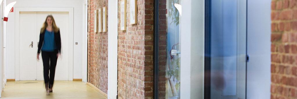 Studentischer Freelancer (m/w/d) immobilienwirtschaftliche Marktanalyse - Job Hamburg, Home office - Jobs