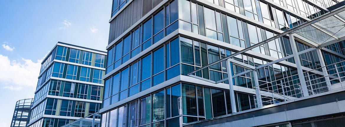 Firmenkundenbetreuer Innendienst für Immobilienkunden (m/w/d) - Job München, Home office - Unsere Expedition geht weiter!